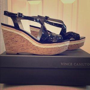 Black wedge sandals 9M Vince Camuto